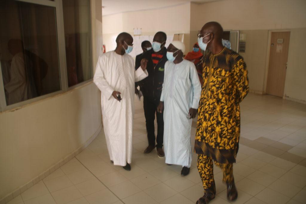 Visite de courtoisie du DG, Samba Ndiaye à la Direction générale annexe et au département des trains à Rufisque